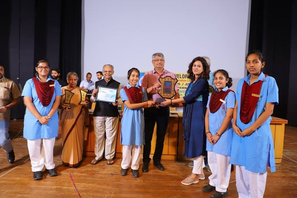 Community Service Club MGD received Social Action Award