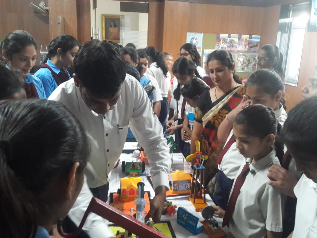 Workshop for Junior Scientist hunt by Technoglobe @ MGD